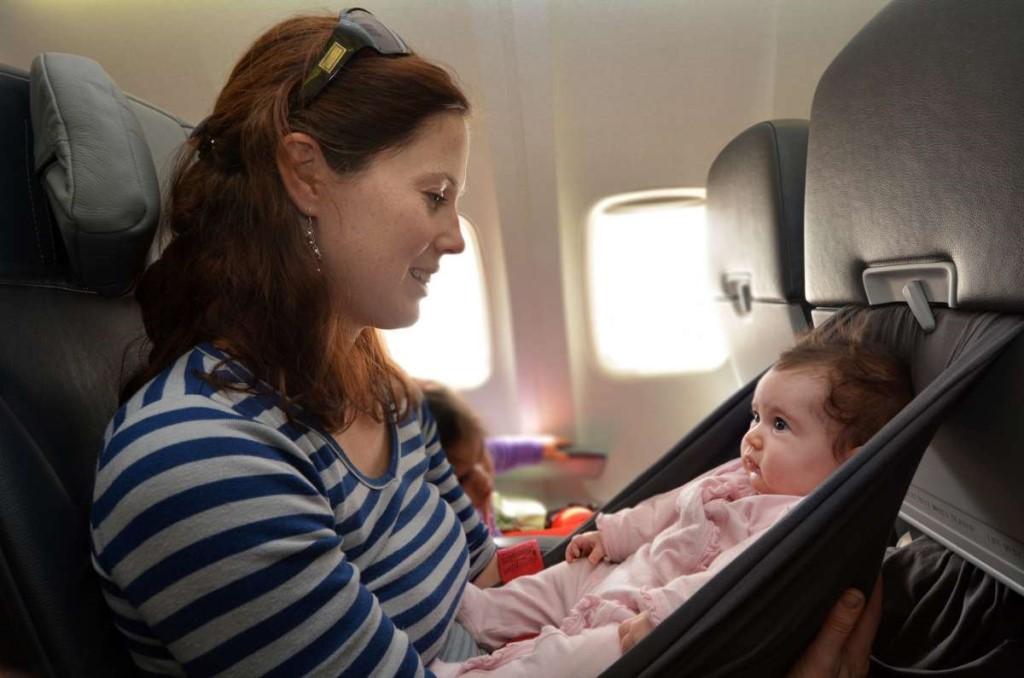 Is baby stroller allowed in flight